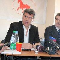 Немцов: «Я видел белорусов очень сильных и смелых, но они — в эмиграции»