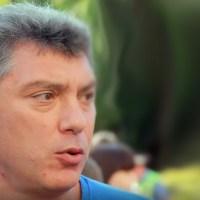Немцов: «Пусть он объявит в Москве чрезвычайное положение и запретит гулять...»