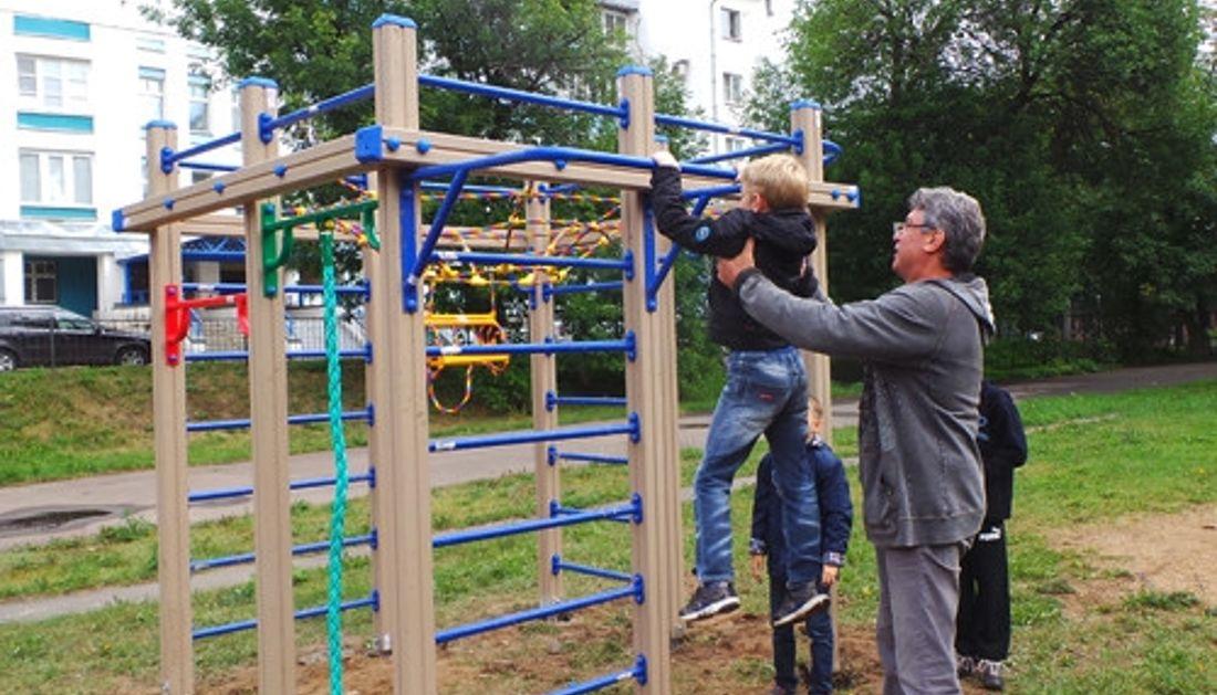 Немцов: «Всю свою зарплату я отдам на спортивные сооружения для детей»