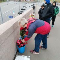 Посетил место убийства Немцова