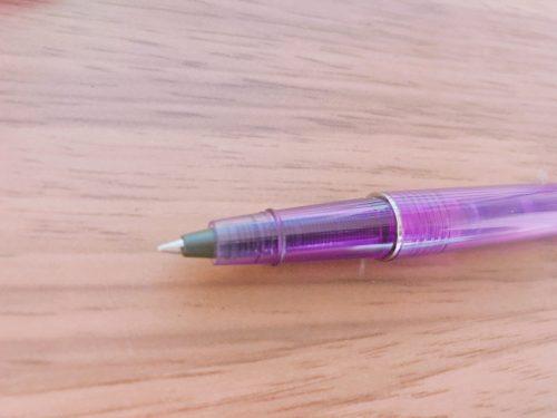 エルバンのローラーボールペン