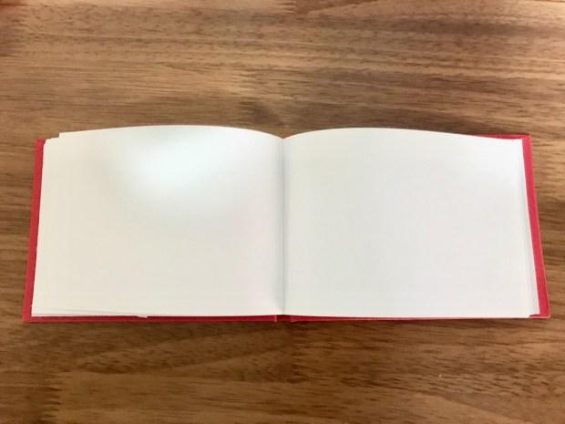 ダイソーのハードカバースケッチブック