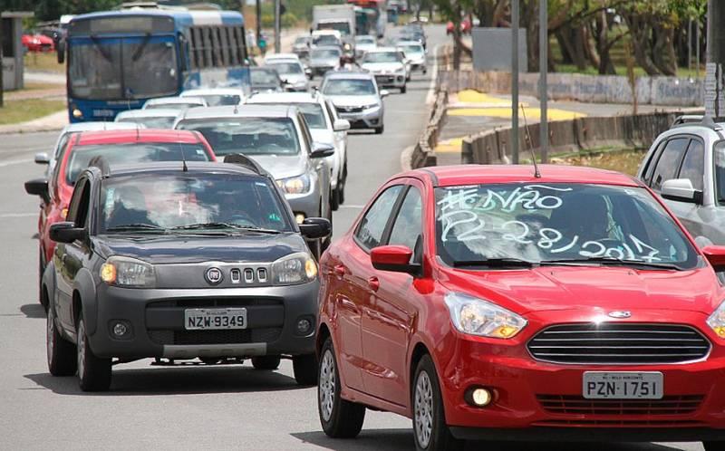Projeto que regulamenta o uso do Uber no país será votado pelo Senado