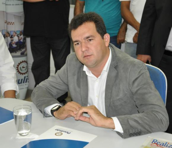 Faca Afiada- Prefeito de Paulista pode perder mandato nas próximas semanas