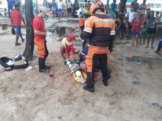 Banhista atacado por tubarão no Grande Recife tem a perna amputada