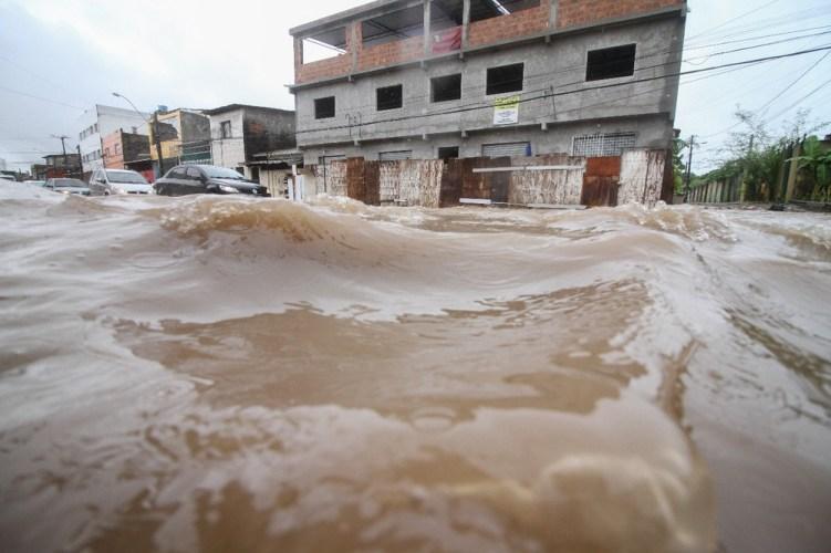Fortes chuvas devem continuar a atingir o estado neste fim de semana