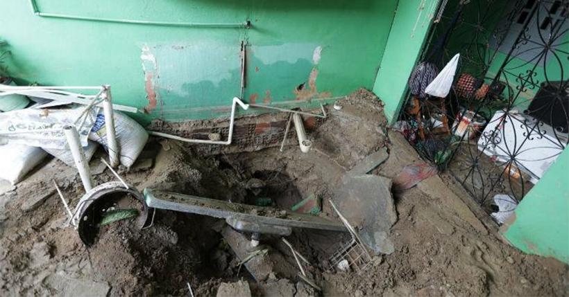 Cano estoura, provoca danos materiais em casa e abastecimento é interrompido em Paulista