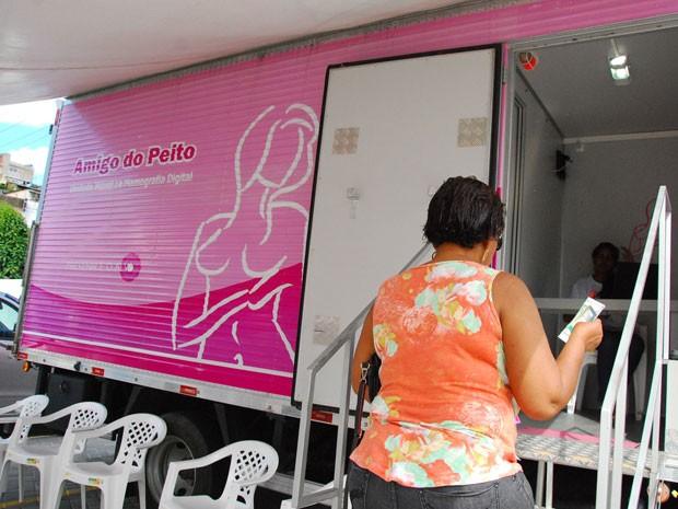 Mulheres de Paulista podem realizar exame de mamografia de graça