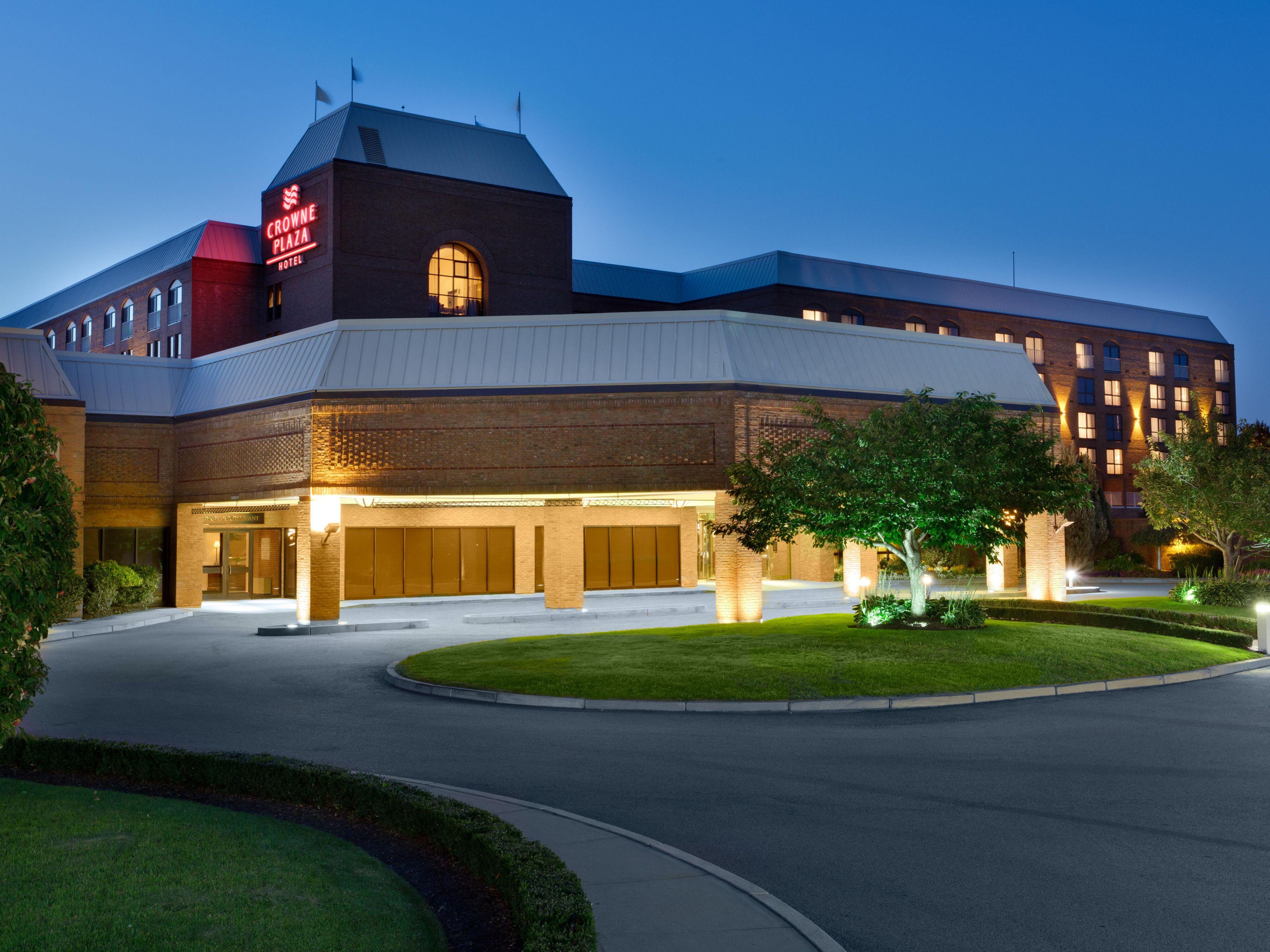 Crowne Plaza Hotel in Warwick RI