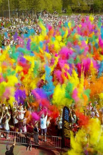 Colored Powders Create Explosion Hazard