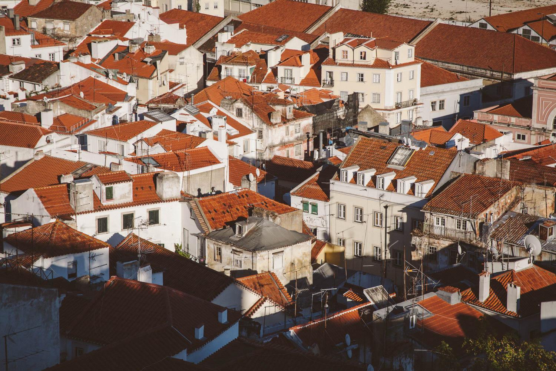 Blick vom Miradouro de Santa Luzia auf die Alfama, Lissabon. Foto: Neoheimat