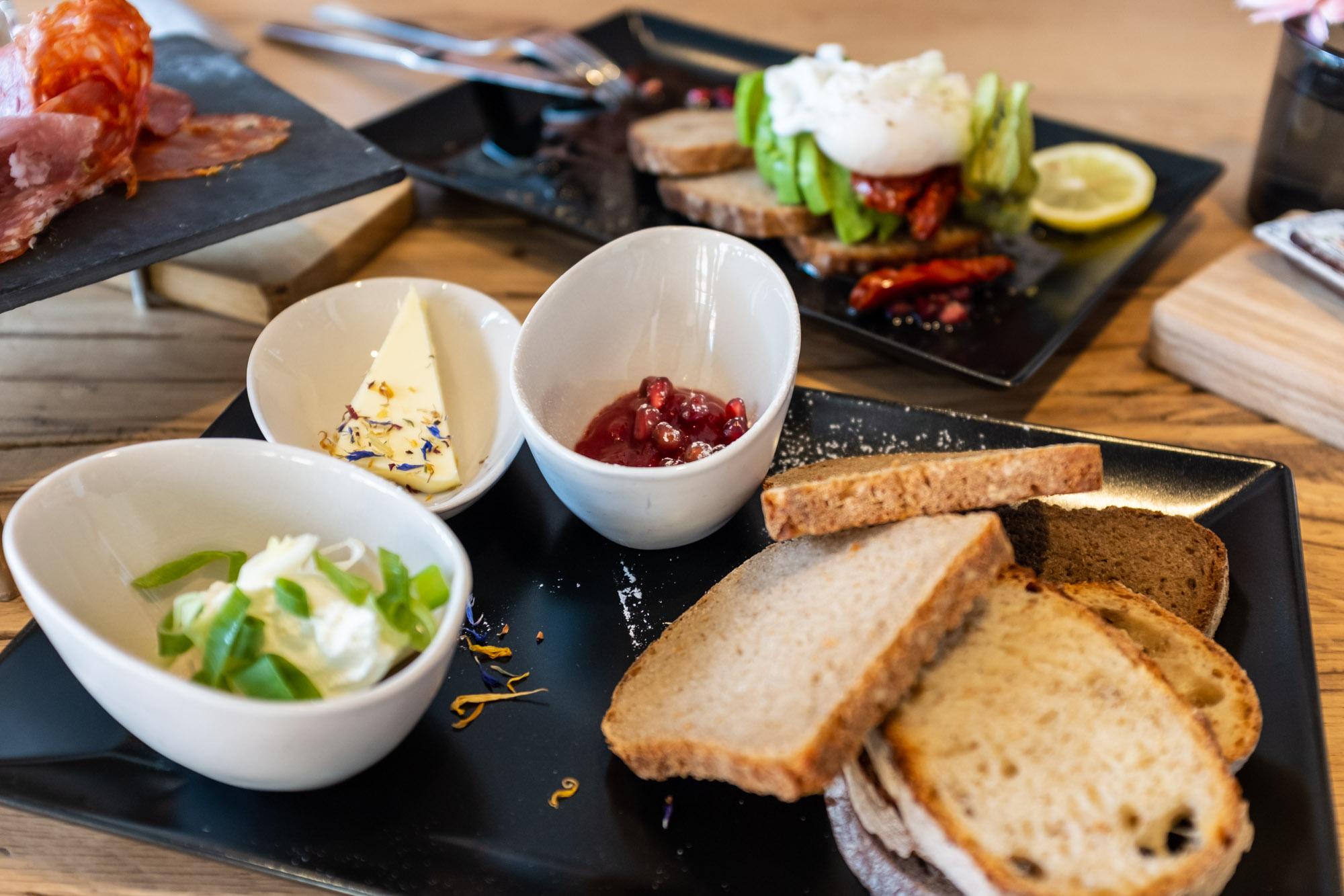 Frühstücken in Augsburg. Das Frühstück im MICASA. Foto: Neoheimat