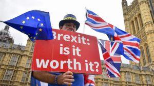 Brexit: Márciustól letelepedhetnek az EU-állampolgárok Nagy-Britannában