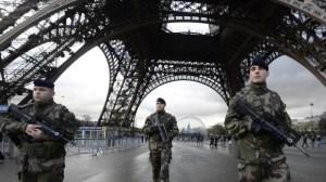 Jom kipur alatt külön védik a francia zsinagógákat