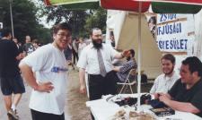 Oberlander rabbi 22 éve a Szigeten