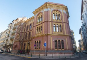 Once prestigious rabbinic seminar in Budapest turns to reform movement for academic recognition