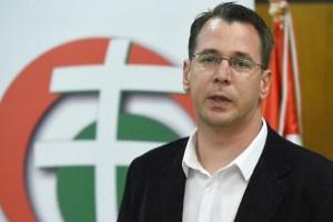 """Jobbikos levelezés: """"ne tagadd a holokausztot, inkább támogasd!"""""""