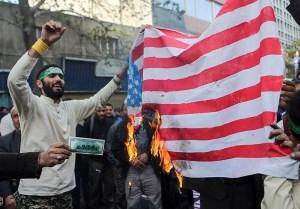 Irán szerint az Egyesült Államok rövidesen történelmi vereséget fog szenvedni