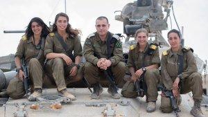 A jövőben harckocsizó alakulatokban is szolgálhatnak majd az izraeli nők