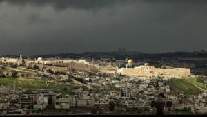Németország, Franciaország, Egyiptom, Jordánia közösen tiltakozik, a Hezbollah rakétákkal fenyegeti Izraelt