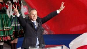 Duda már győzelmet hirdetett a lengyel elnökválasztáson