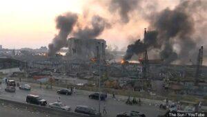 Óriási robbanás Bejrútban: legalább 30 halott, több ezer sebesült (+videók)