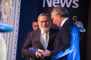 Tony Blair: Sacks rabbi emlékeztetett a hit fontosságára