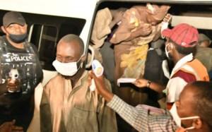 Szabadon engedtek a nigériai fegyveresek több mint ötven túszt