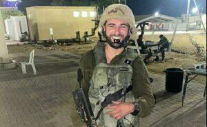 """""""A barátaim az ISIS-hoz csatlakoztak, én az IDF-hez"""""""