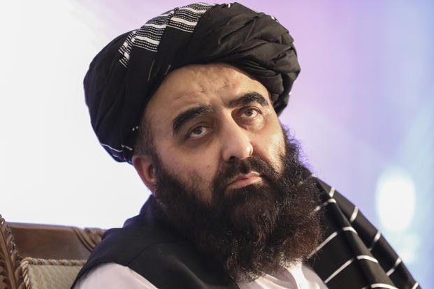 A világbéke miatt aggódik a tálib külügyminiszter