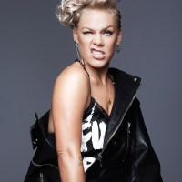 """Secrets"": Pink mit neuem Video"
