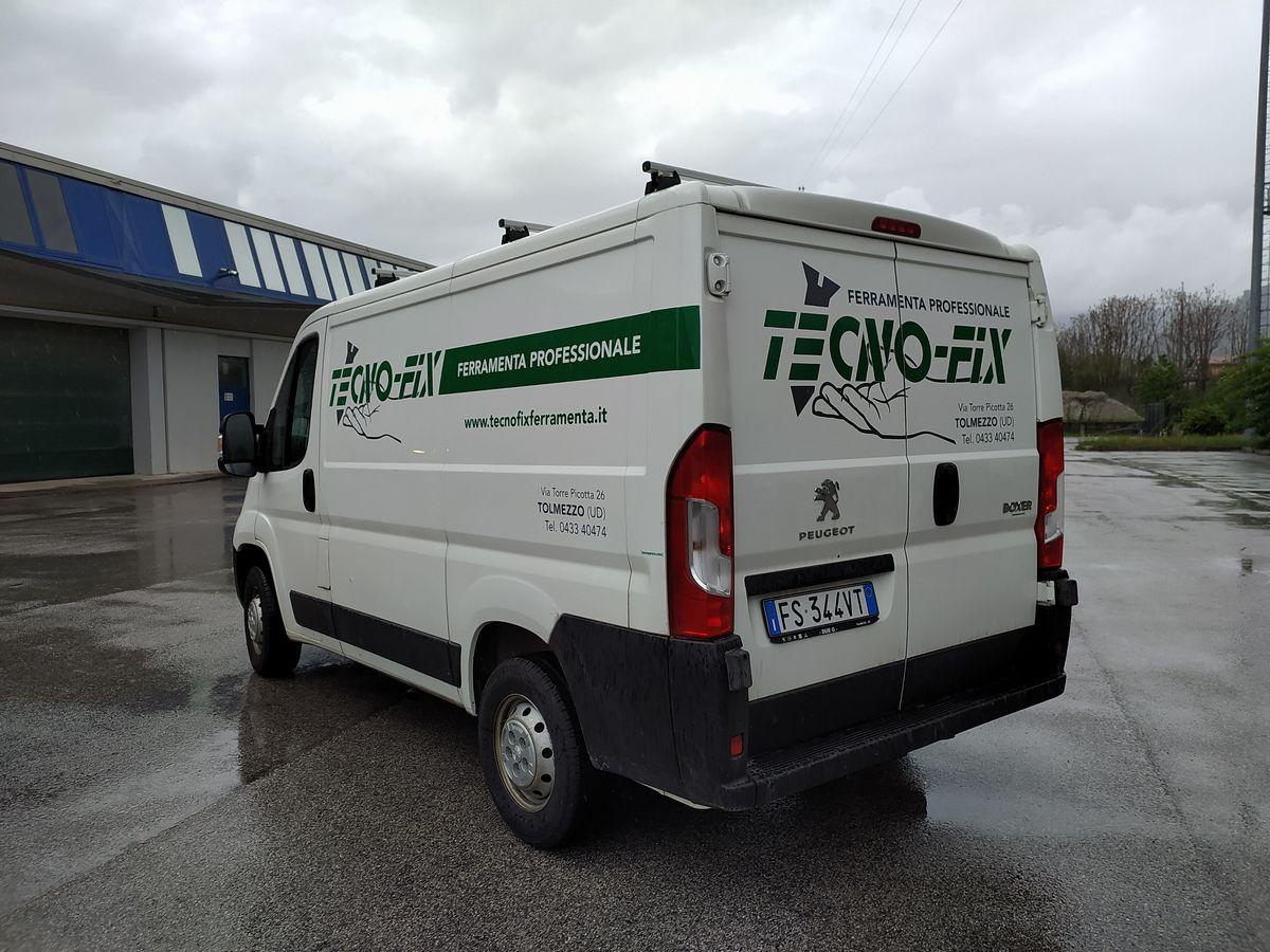 Loghi adesivi per furgone