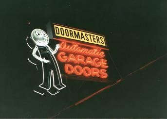 genie-doormasters1