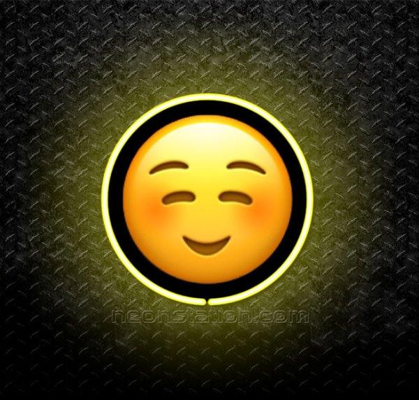 Smiling Face Emoji 3D Neon Sign