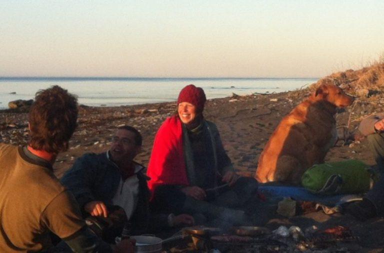 Feu de grève entre amis en Gaspésie