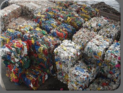 Madera plastica compuesto procedente del plastico reciclado