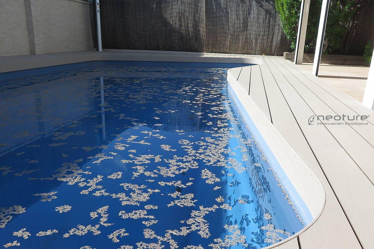 Tarima madera sintetica blanco coronacion piscinas neoture for Coronacion de piscinas