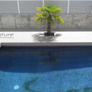 tarima sintética piscina