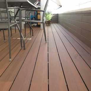 tarima revestimiento madera composite balcon