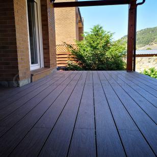 Tarima de madera exterior Neoture
