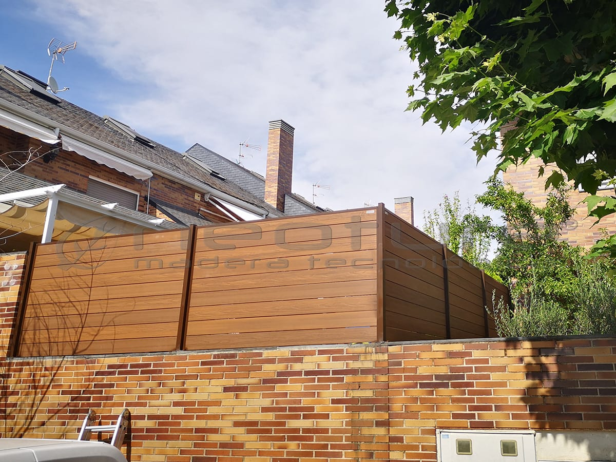 Cerramiento exterior en madera tecnologica terraza