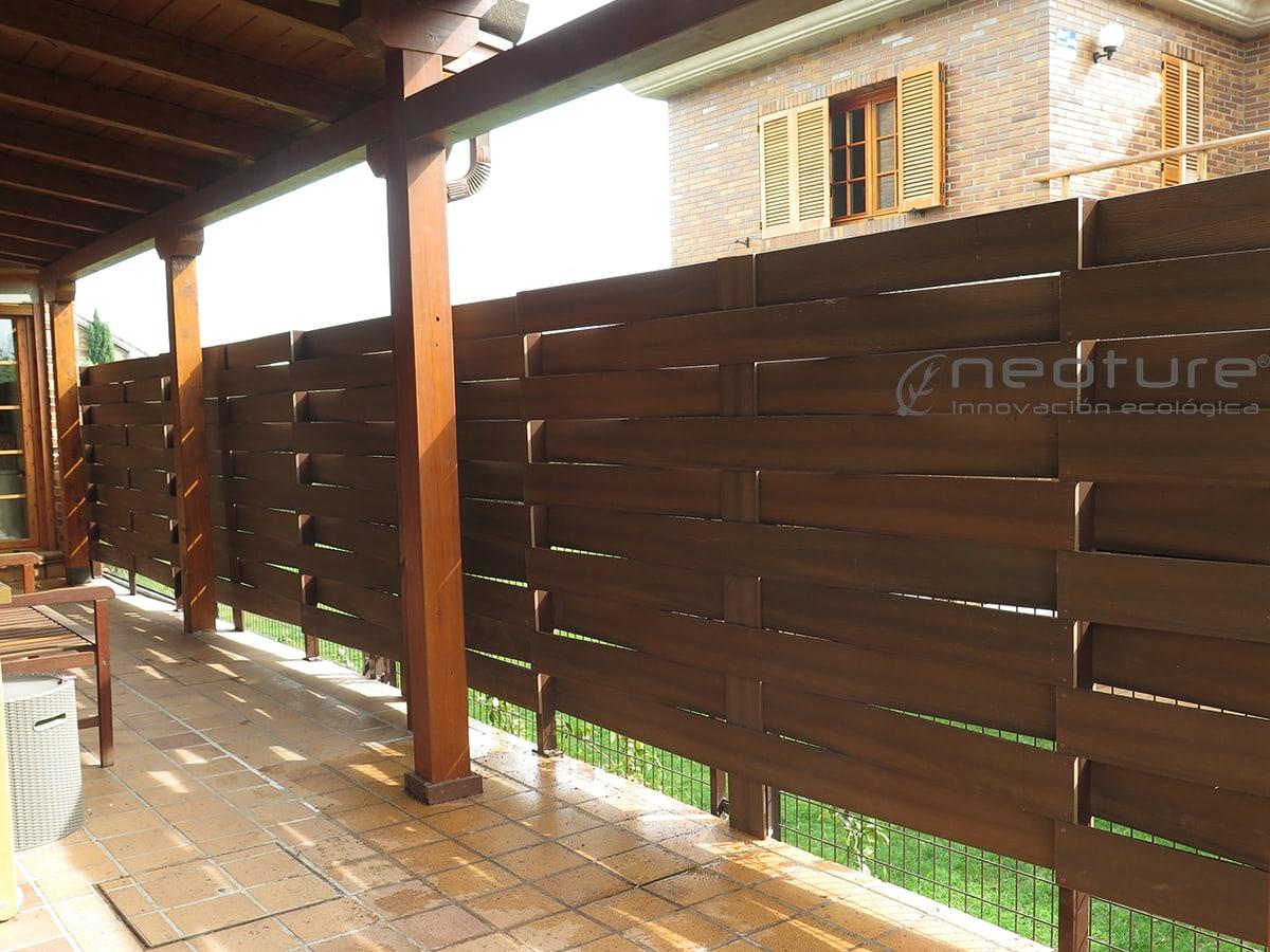 Cerramiento madera sint tica neoblock tramo trenzado - Vallados de madera ...
