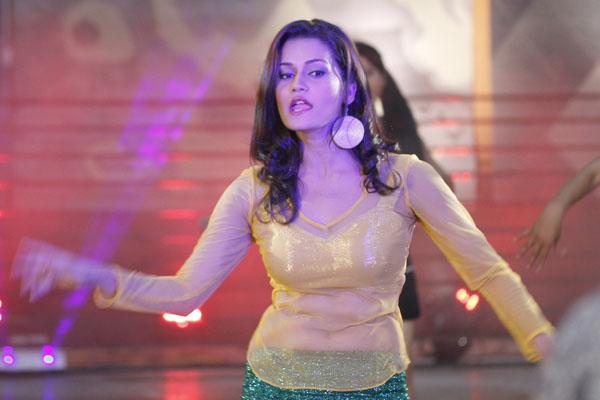 Reema Bishwokarma Item Song Dance