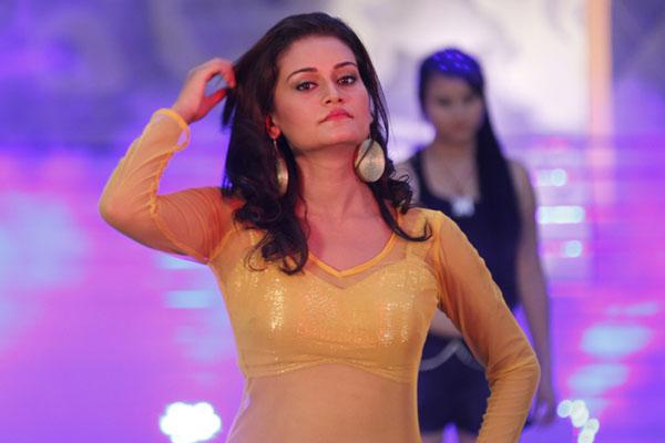 Reema Bishwokarma Nepali Movie Item Song Dance