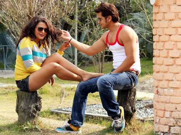 Sexy Rekha Thapa with Sabin Shrestha Hamesa Movie2