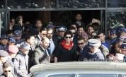 Shah Rukh Khan at Kathmandu Airport in Nepal 1