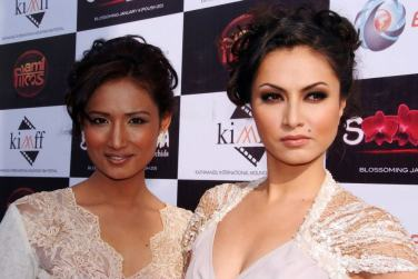 Nisha Adhikari Soonga Movie Premiere1