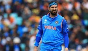 किन पक्राउ परे भारतीय क्रिकेटर युवराज सिंह ?
