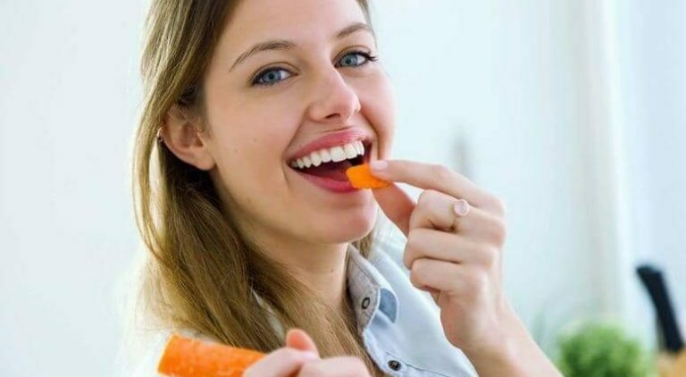 महिला र गाजर