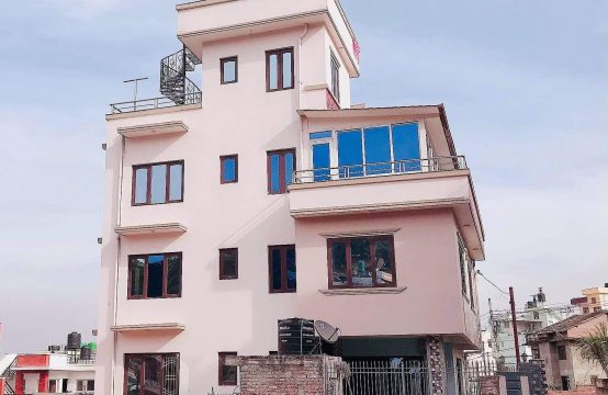 House for Rent: Suitable offices or residence